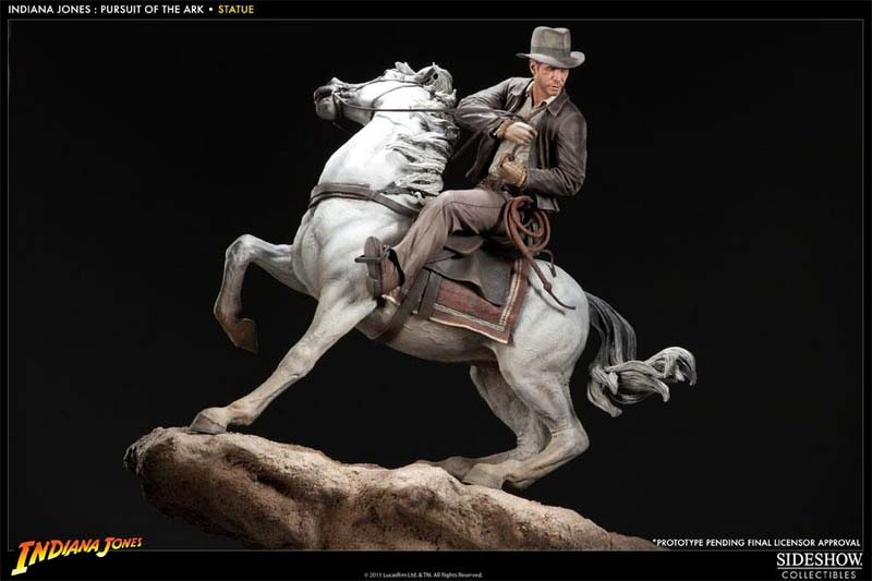 Indy on horseback statue by Sideshow